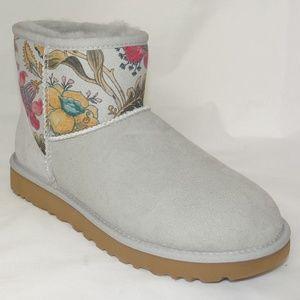 5b137d95a5b Women Gray Ugg Fur Boots on Poshmark